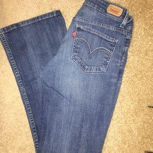 Levis 518 Jeans